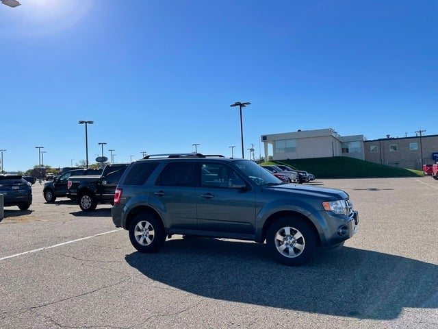 Used 2011 Ford Escape Limited with VIN 1FMCU9E75BKA68440 for sale in Minneapolis, Minnesota