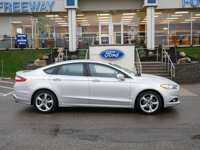 Used 2016 Ford Fusion SE with VIN 3FA6P0H77GR177930 for sale in Minneapolis, Minnesota